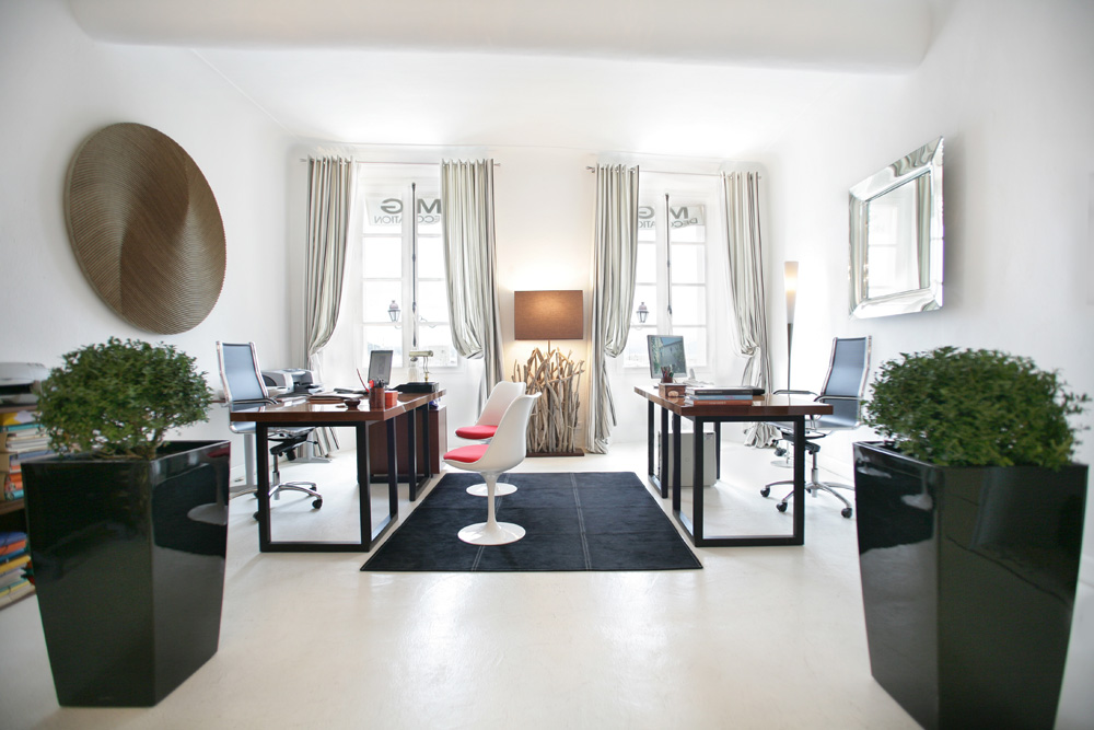 agence m g decoration saint tropez mg decoration. Black Bedroom Furniture Sets. Home Design Ideas