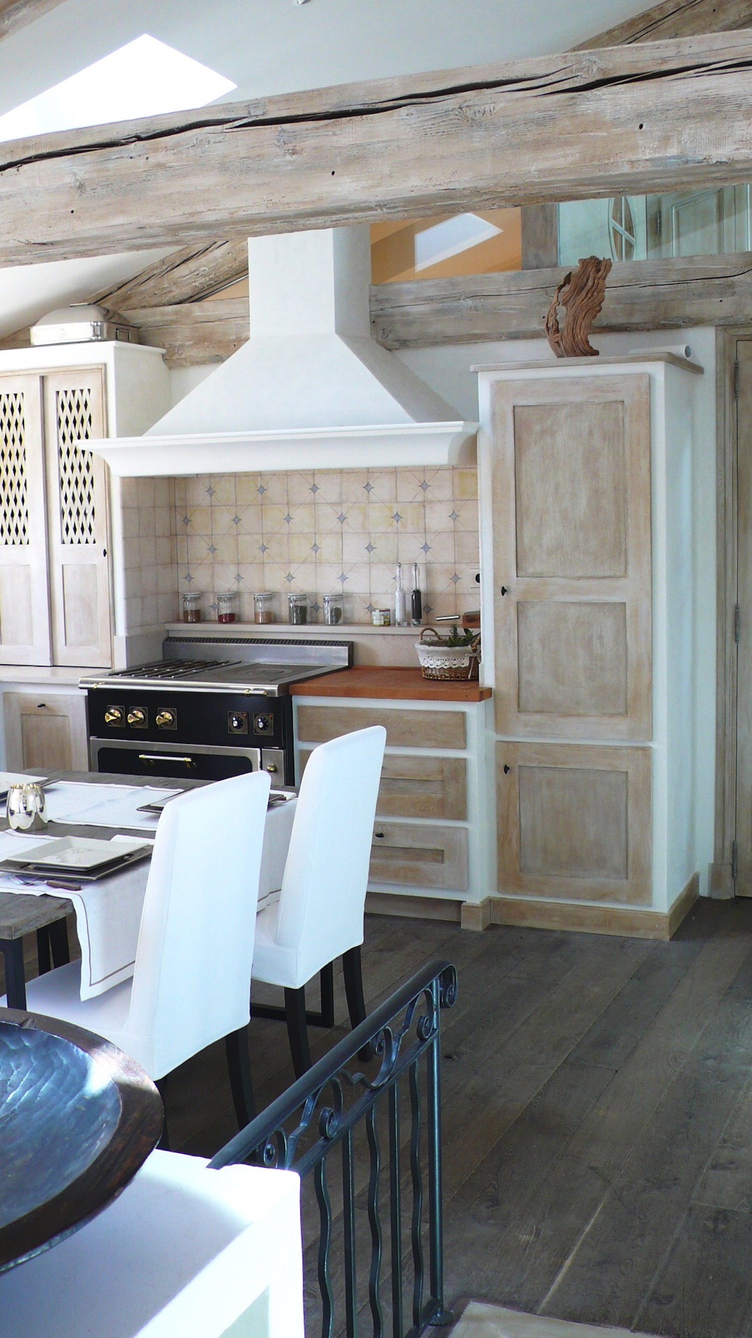 r habilitation d 39 un appartement ramatuelle mg decoration. Black Bedroom Furniture Sets. Home Design Ideas
