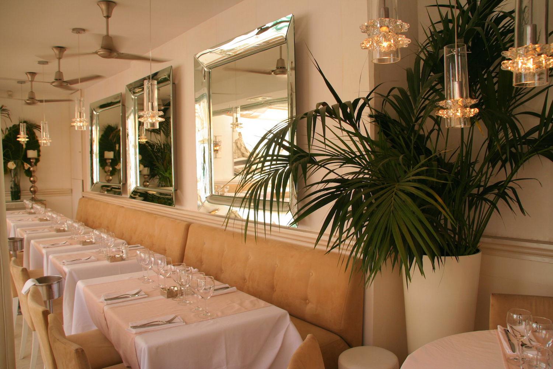 d coration du restaurant l 39 escale saint tropez mg decoration. Black Bedroom Furniture Sets. Home Design Ideas