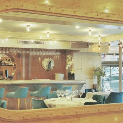 Miroirs hublots restaurant Le Grand